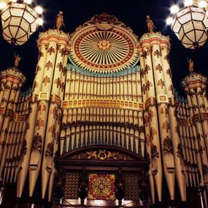 低音が心地いい。最高の無料パイプオルガン音源「Leeds Town Hall Organ」レビュー
