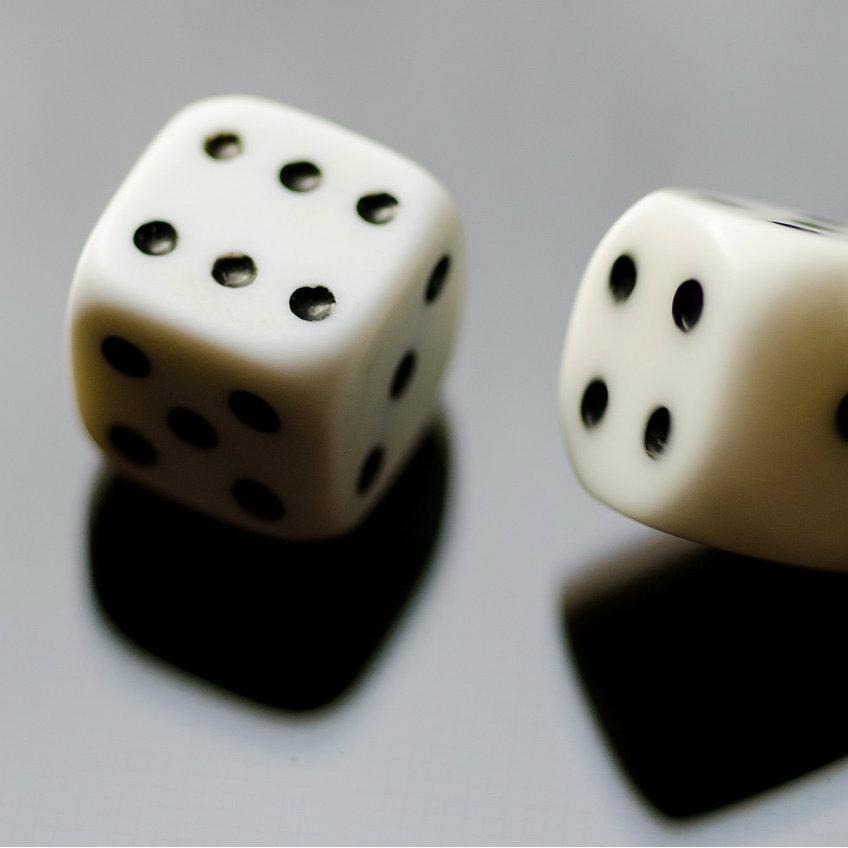 分析や予測をするほど成功は遠ざかる。成功はランダムにやってくるから。