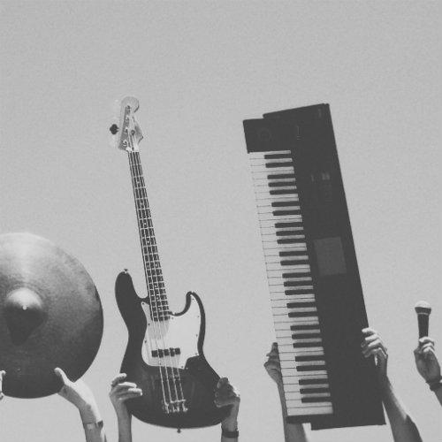 楽器らしい打ち込みがうまくなるコツ、それは実際に楽器を触ってみることだ