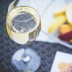 夏におすすめの冷やしておいしいワインを書いていく。初心者向け。