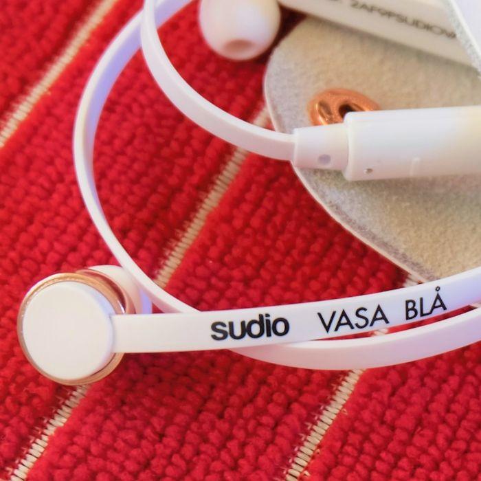 ジュエリー的デザインで美しいワイヤレス・カナル型イヤホン『VASA BLÅ』が快適