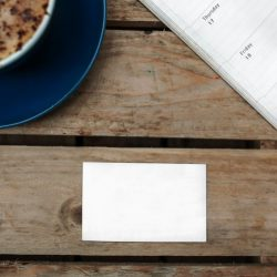 学生でも未熟でもいいから、とりあえず名刺を作っておこう。