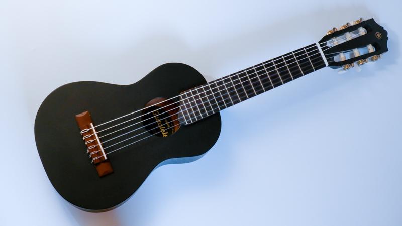 『ギタレレ』レビュー。小さくなったクラシックギター。